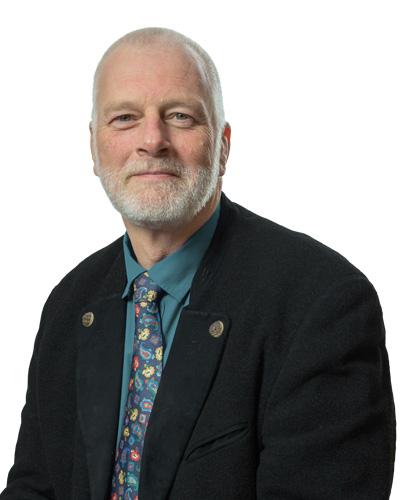 Gunnar Jacob ist Gründer der Jacob Industrie Unternehmensberatung und kann über 20 Jahre Erfahrung in Geschäftsführung und Beratertätigkeiten vorweisen.